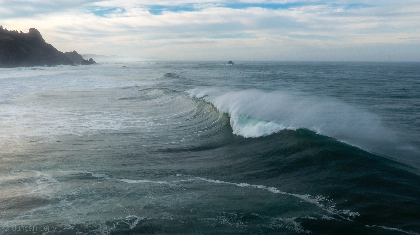 Big wave rolling in to Westwind beach